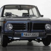 Bemutató: Kyosho BMW 2002 tii 1:18