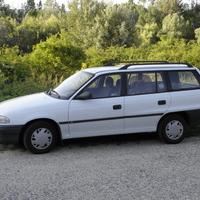 Mibe kerül egy használt autó? - Opel Astra 1.6 GL Caravan számokban