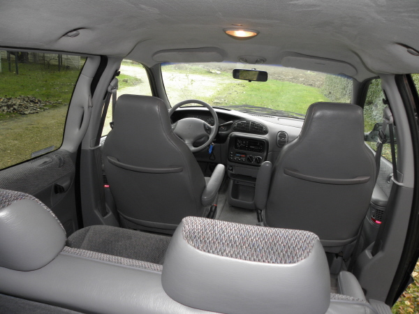 Dodge Grand Caravan 3.3 aut 1996 (22).JPG