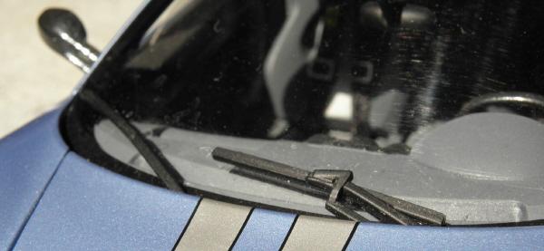 Hotwheels Elite Ferrari 430 Scuderia Blue 1-18 (13).JPG