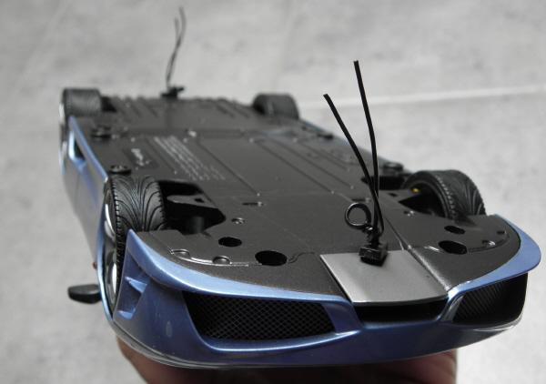 Hotwheels Elite Ferrari 430 Scuderia Blue 1-18 (2).JPG