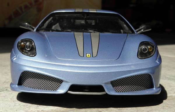 Hotwheels Elite Ferrari 430 Scuderia Blue 1-18 (3).JPG