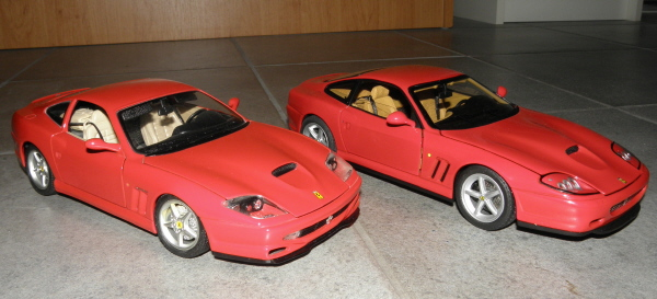 Hotwheels Elite Ferrari 575M Maranello 1-18 red (22).JPG