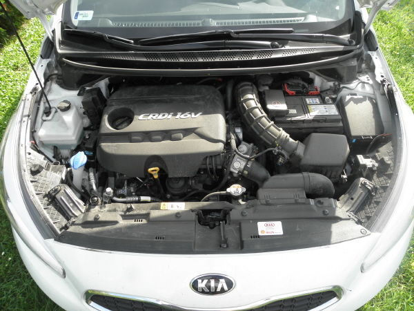 Kia C'eed kombi 1.4 CRDI (8).JPG