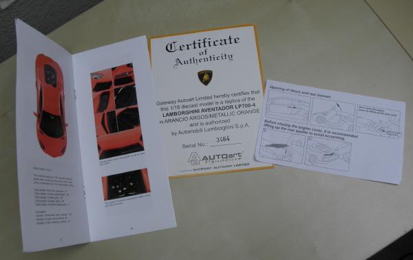 Autoart Lamborghini Aventador LP 700-4 1_18 orange (12).JPG