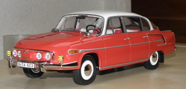 BoS Tatra 603 1-18 red-white (18).JPG