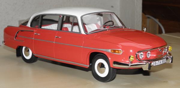 BoS Tatra 603 1-18 red-white (21)_1.JPG