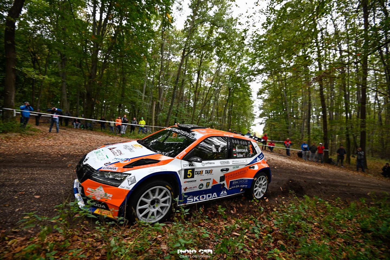 Velenczei Ádámék nyerték a Vértes rallyt