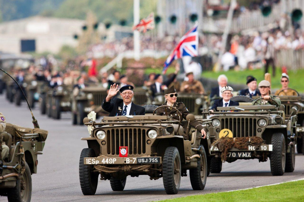 D-Day veterans honoured at Goodwood Revival.jpg