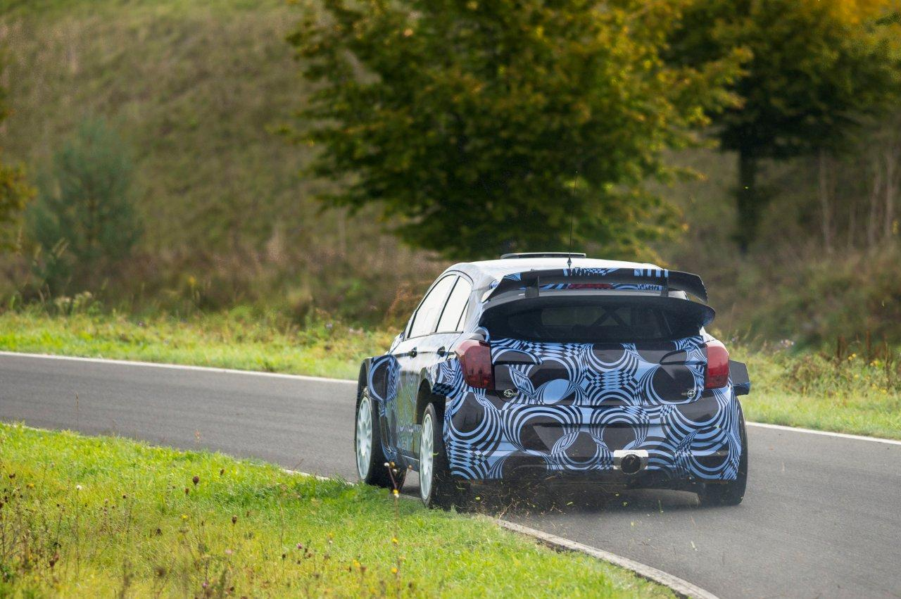 New-Generation-i20-WRC-Prototype---Roll-out (1).JPG