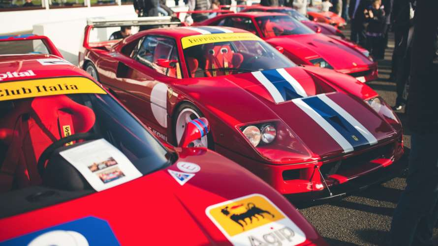Supercarok a reggeli klubgyűlésen