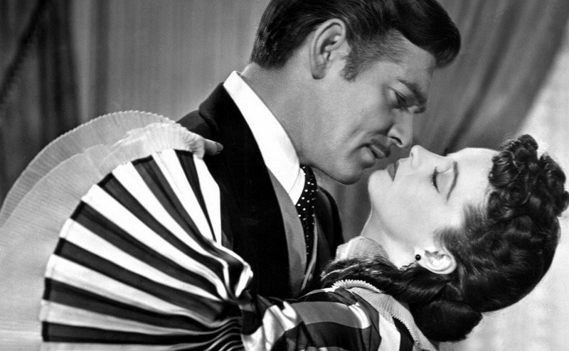 gone-with-the-wind_clark-gable-vivien-leigh-bw.jpg