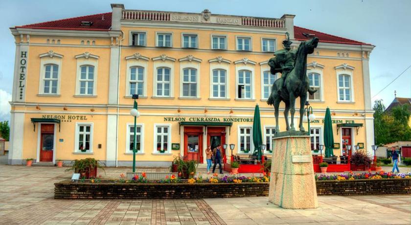 hajduszoboszlo-nelson-hotel-es-etterem-cukraszda.jpg