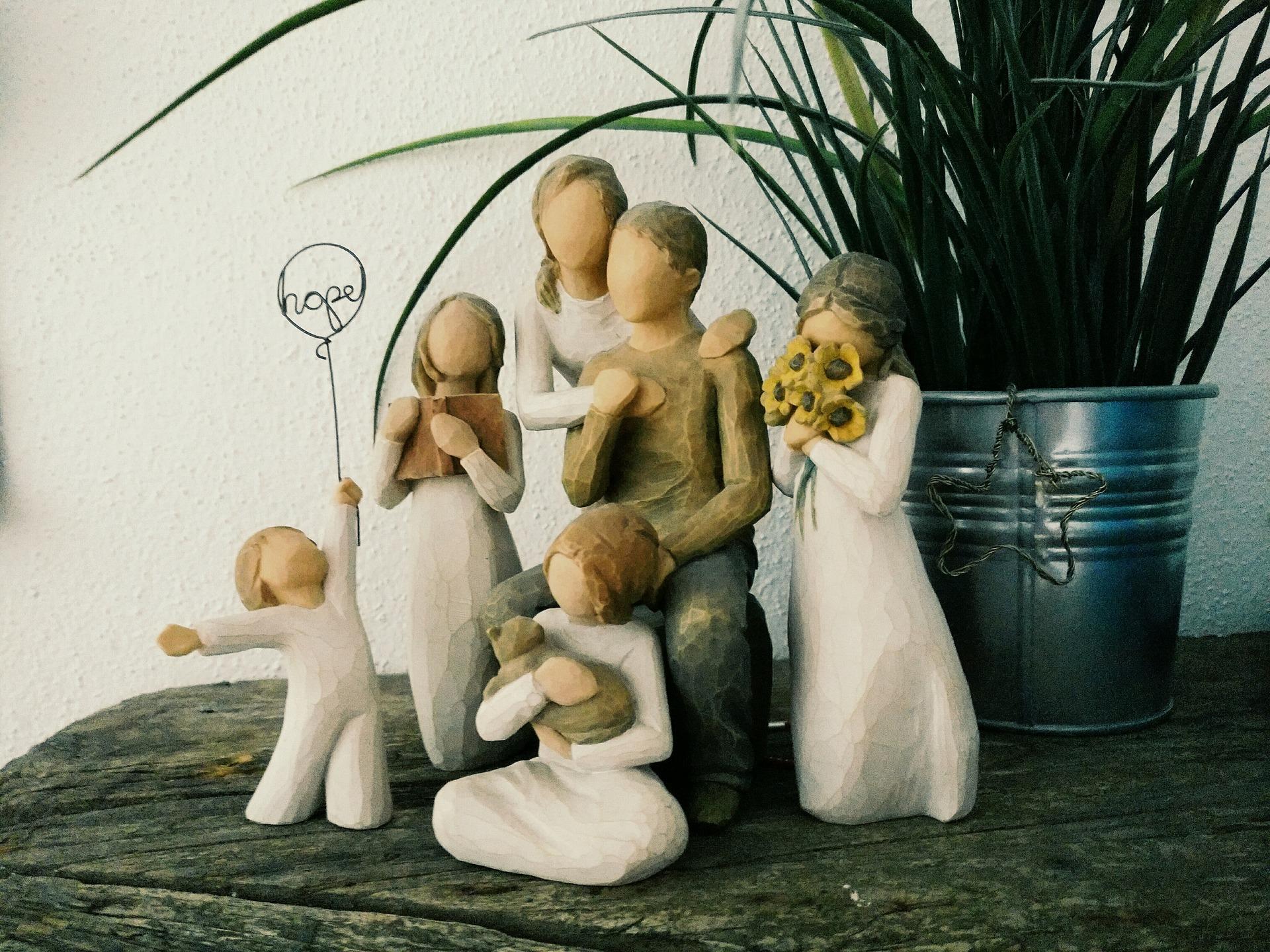 family-1976957_1920.jpg