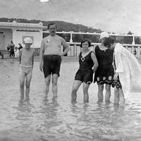 Így tűntek el a homokos strandok a Balatonról
