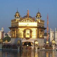 Amiért megölték Indira Gandhit: az Arany-templom ostroma