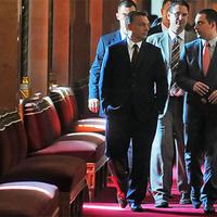 212. Orbán Viktor házhoz megy