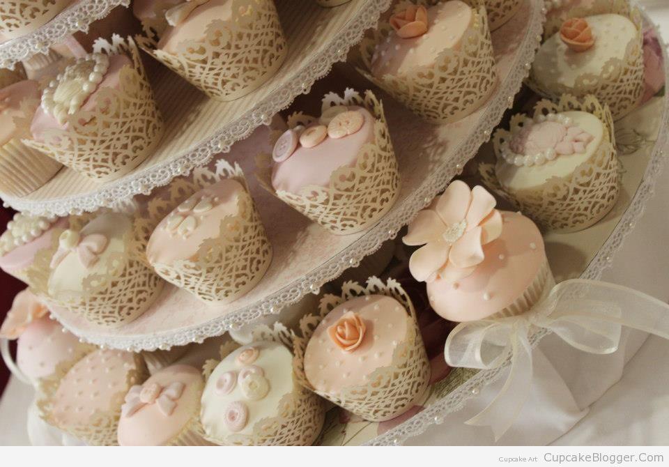 wedding-cupcakes2.jpg