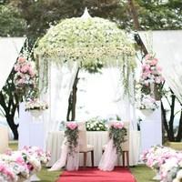 Esküvői helyszín- Kerti díszlet