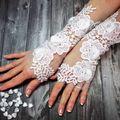 Menyasszonyi kesztyű hóbort