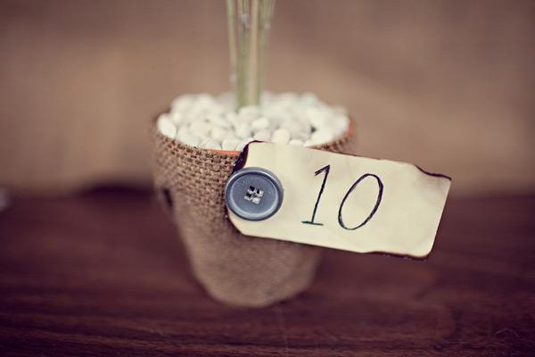 flowerpot-burlap-tablenumber-6.jpg
