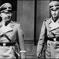 Himmler jobbkeze, a második legfőbb náci vezető: Heydrich [18.]