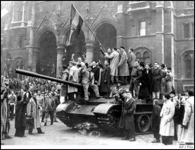 1956_parlament.jpg
