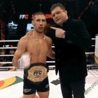 Halmi Viktor az FFC könnyűsúlyú világbajnoka!