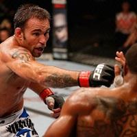 Jake Shields már nincs az UFC-ben