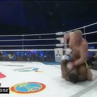 TD|MMA: Egyetlen menet alatt szétütötte ellenfelét Kharitonov, itt a teljes meccs