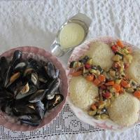 Fekete kagyló, grillzöldség, rizs, fokhagymamártás