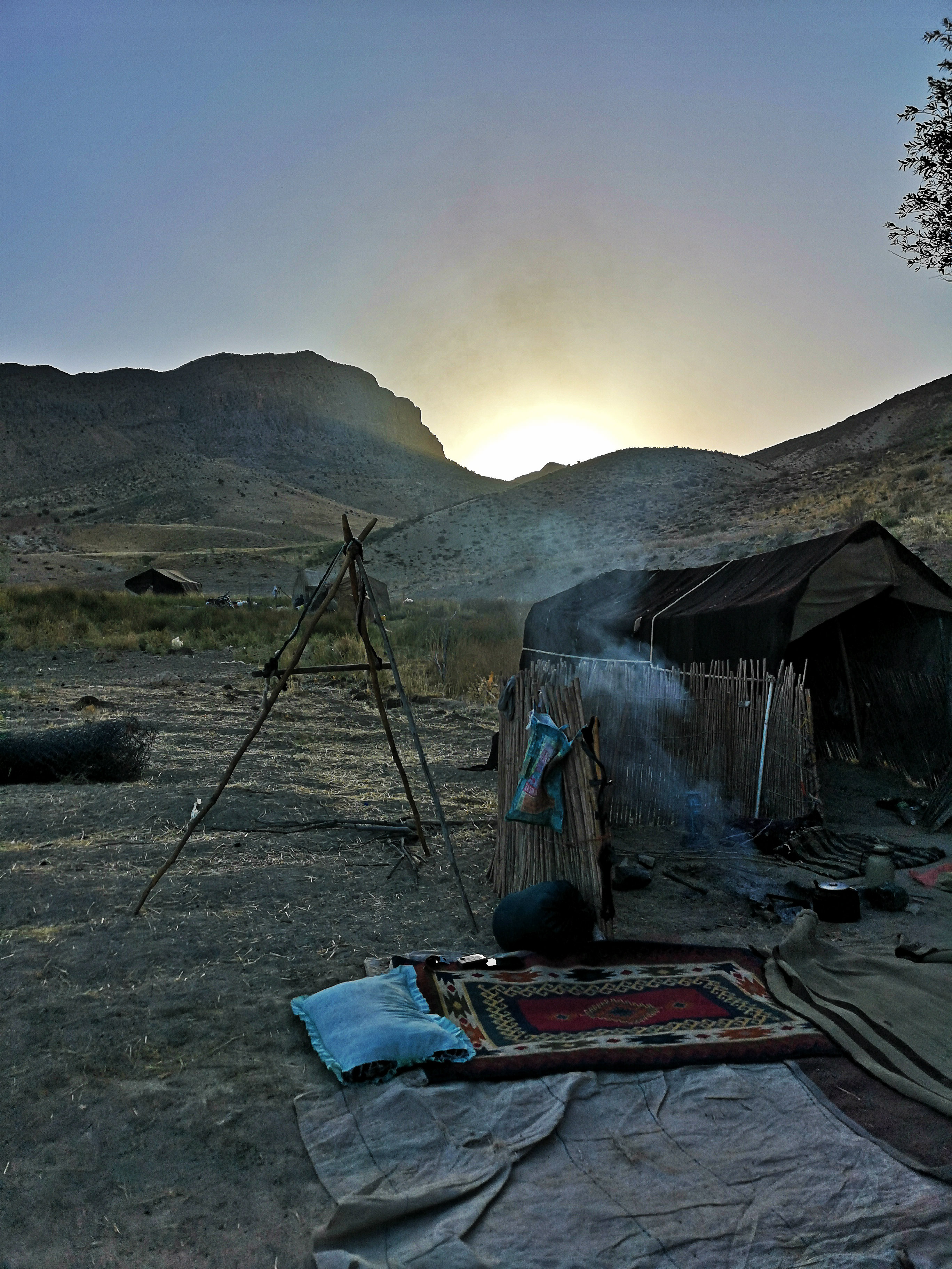 Napfelkelte a sátrunkból