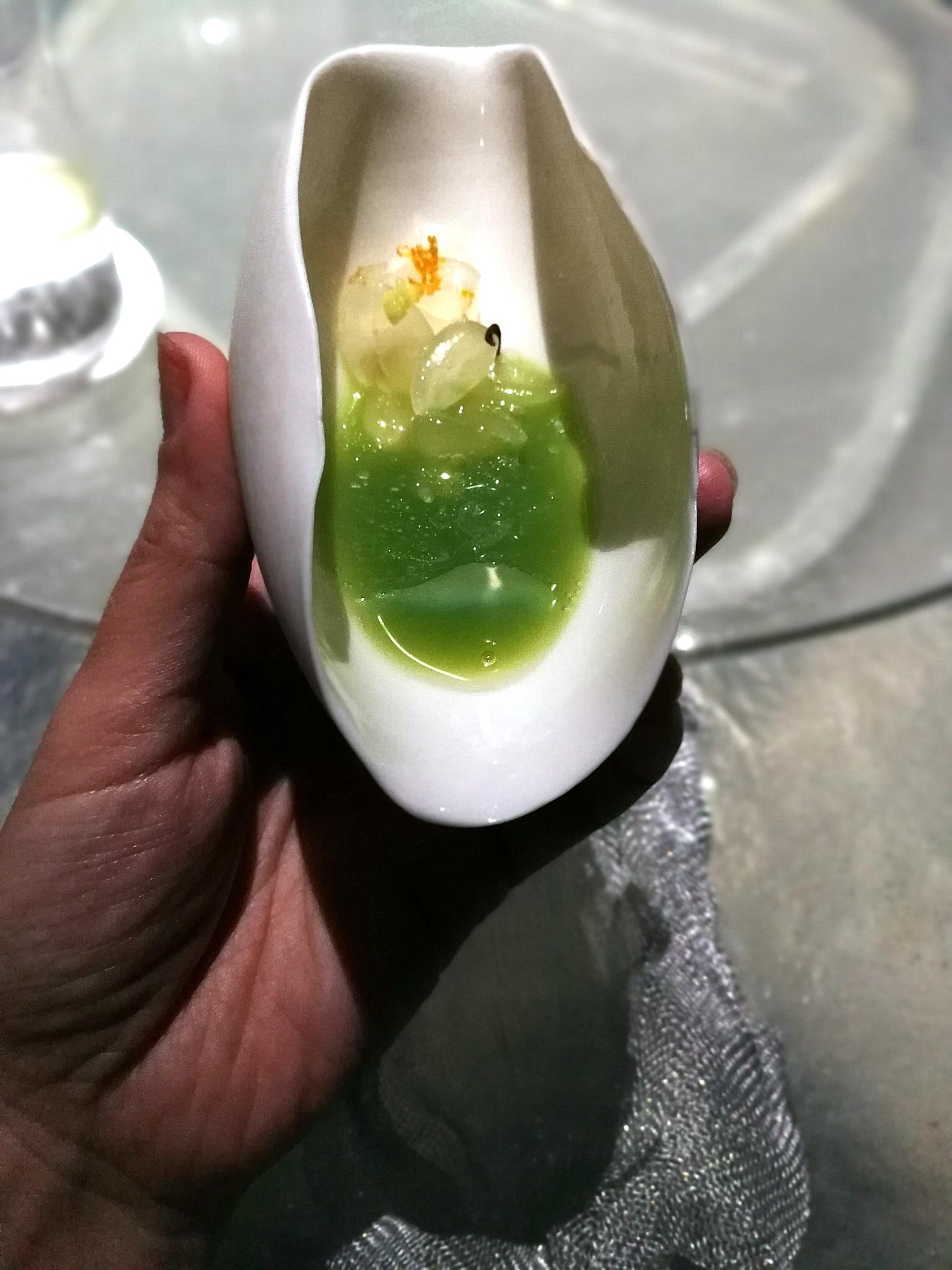Zöld mandula és avokádó