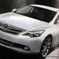 Minden idők legjobb Camryját ígéri a Toyota