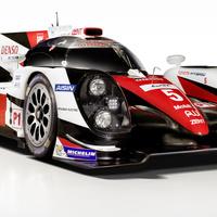 Három LMP1-essel megy a Porsche ellen a Toyota