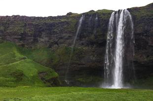 Mit érdemes megnézni Izlandon két hét alatt?