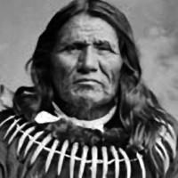 Az első indián, akit embernek neveztek az Államokban: Álló Medve története