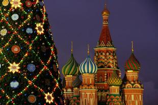 Áhítat és roskadozó asztal-ma kezdődik az ortodox karácsony.Interjú Lajossal/Orthodox Christmas starts today.Interview