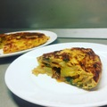 Spenótos, chorizo kolbászos spanyol tortilla