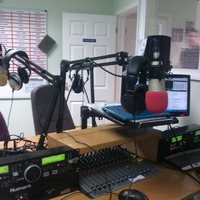 Nyakunkon a jövő rádiója?