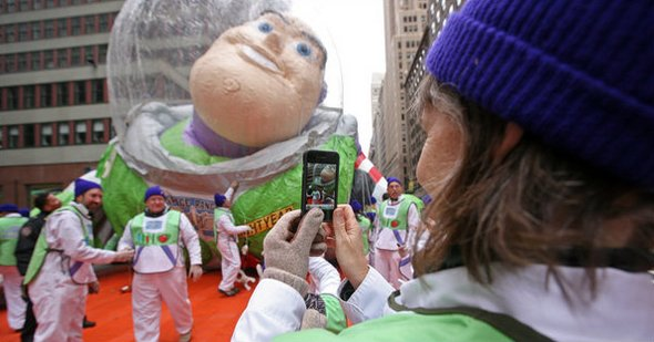 macy-thanksgiving-parade-balloon-buzz-lightyear-smartphone-camera-mobile-smart-phone-photography-tech-gadget-technology-gizmo-video-photo.jpg