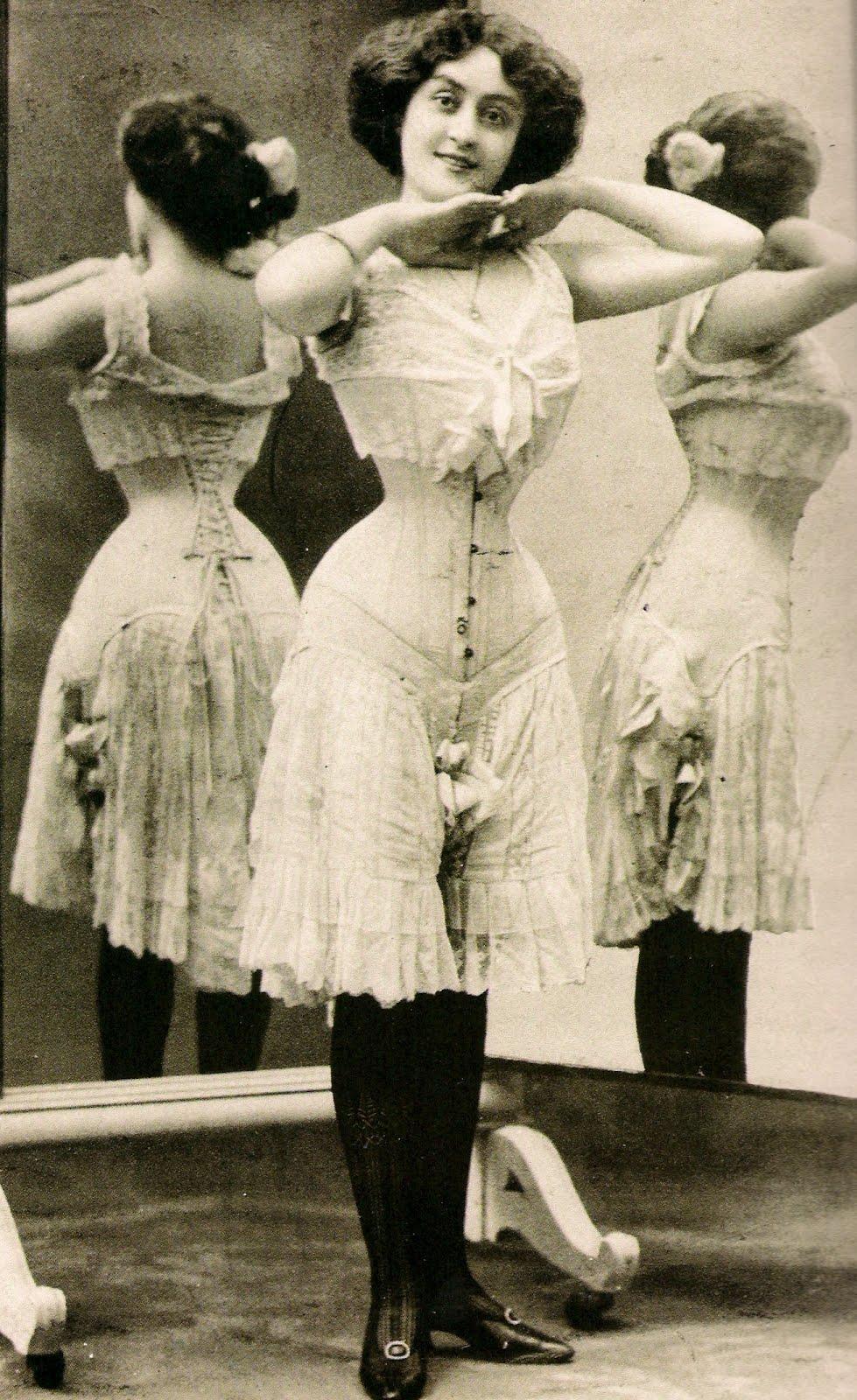 4-victorian-corset.jpeg