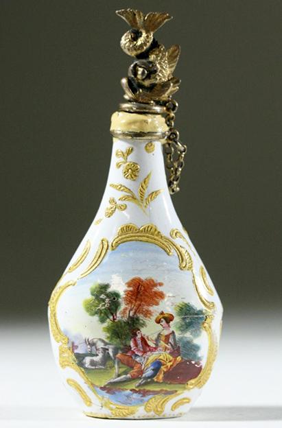 english_scent_bottle_18thc.jpg