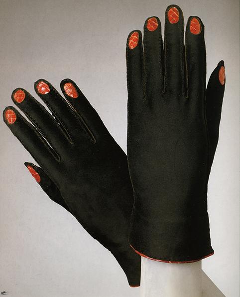 gloves_schiaparelli_1936-37.jpeg