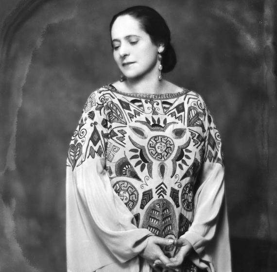 helenarubinstein_1923_paulpoiret_dress.jpg