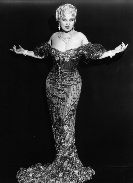 maewest_shedonehimwrong_1933.jpg