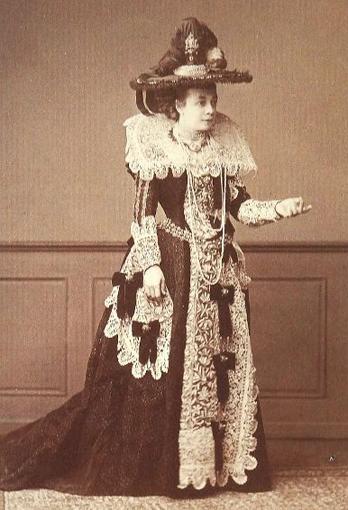 pm_1870_makart-ruha.jpg