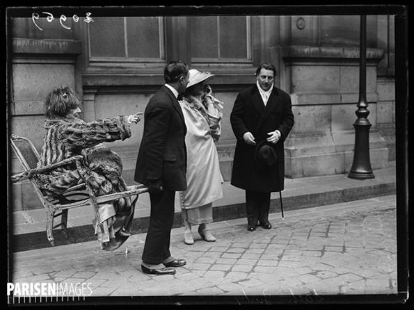 srahbernhardt_hordszek_1919_paris-en-images.jpg