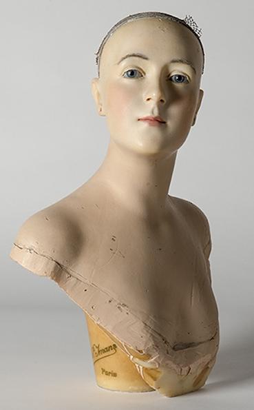 wax-bust-by-pierre-imans.jpg
