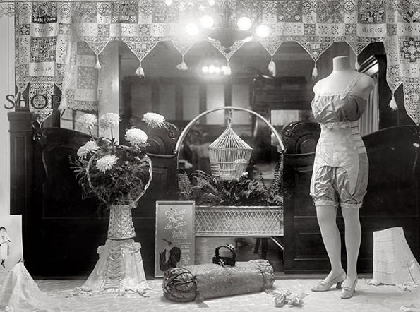 wells-corset-shop-1920_partial_display.jpg